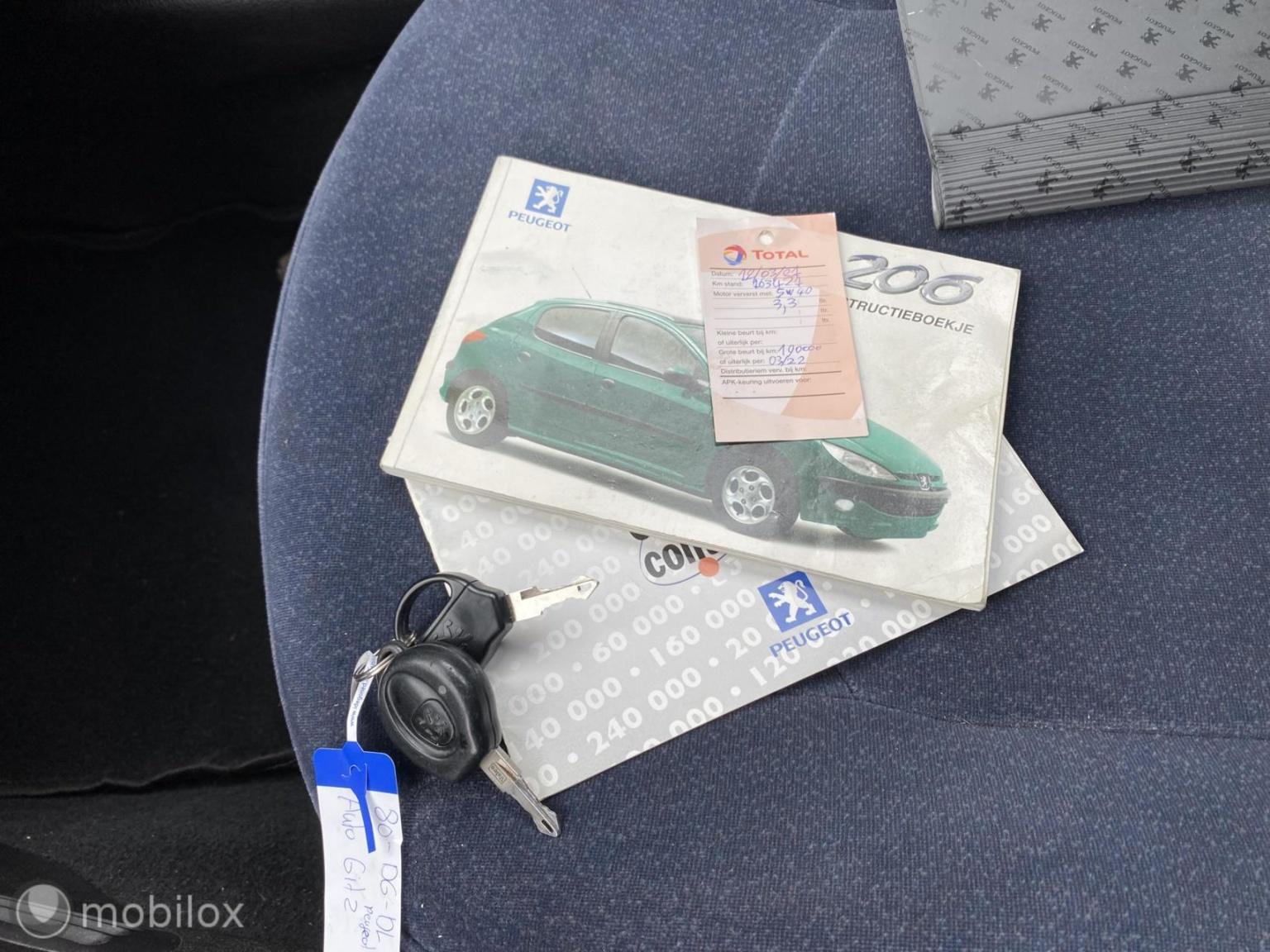 Peugeot-206-11