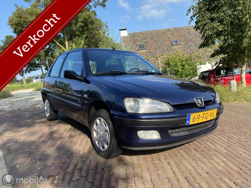Peugeot-106-thumb